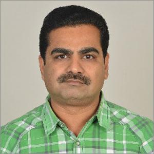 Dr Hitesh Raviya, Associate Professor, Dept. of En