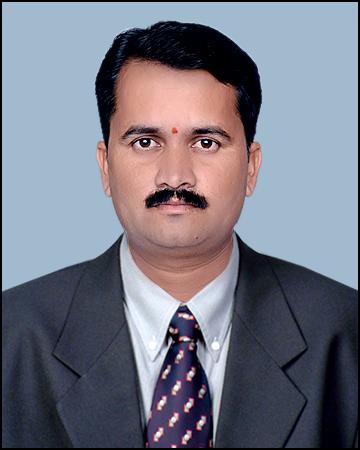 Dr. Ganesh V. Jadhav, D. P. Bhosale College, Koreg
